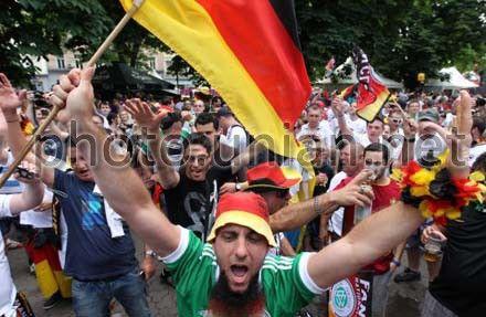 Німці вболівають у Львові. євро-2012