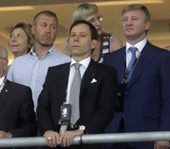 Роман Абрамович і Рінат Ахметов під час фіналу матчу Чемпіонату Європи з футболу ЄВРО-2012