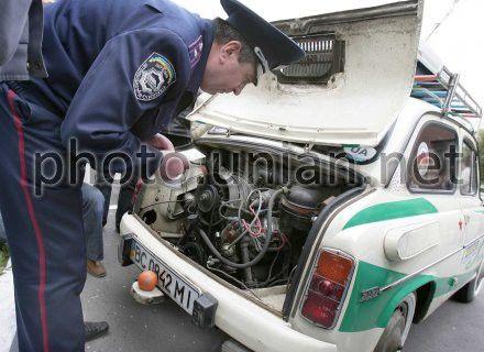 Кабмін скасував обов`язкову перевірку авто під час їх перереєстрації або зняття з обліку