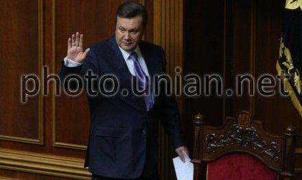Янукович внес проект закона в ВР