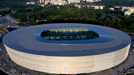 Вроцлавский стадион сдали почти на год позже, фото sport.ua