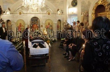 Ступку отпели вчера на Аскольдовой могиле