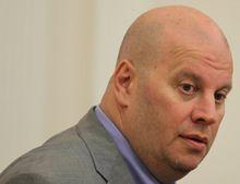 Власенко обвиняет Бродского в нечистых заработках