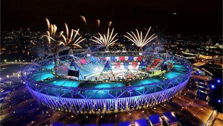 Закрытие Олимпиадиa финишировало грандиозным салютом. Фото с сайта sportivka.com
