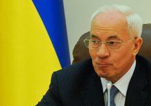 Азаров говорит, что переговоры ведутся