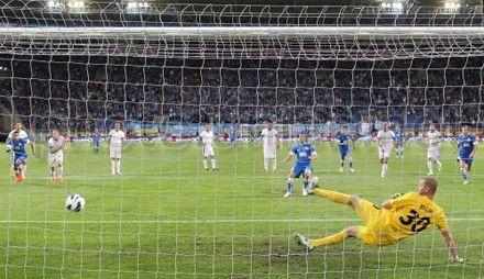Алиев дважды забил с пенальти
