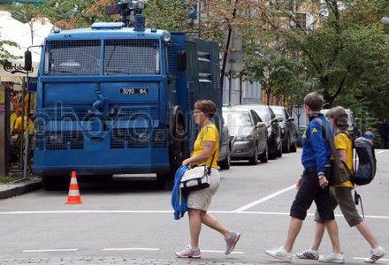 В милиции говорят, что водометы заказывали к Евро