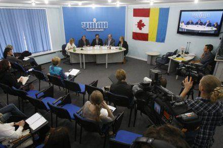 Миссия Канады наблюдала за выборами в Украине в течение двух месяцев
