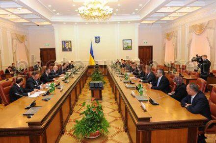 Зустріч з головою Палати депутатів Національних Зборів Йорданії Абделькарімом Аль-Дугмі в Кабміні України