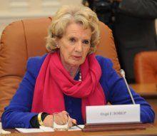 Председатель Миссии наблюдения за выборами ОБСЕ Дейм Одри Гловер во время встречи с премьер-министром Украины, 15 октября 2012 г.