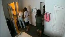Кадр з прихованої камери, якої, за твердженням тюремників, немає