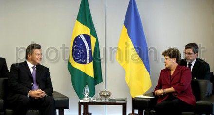 Янукович расспросил Руссефф об известном проекте