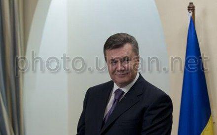 Виктор Янукович пожелал здоровья и успехов