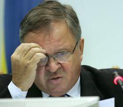 Владимир Шаповал во время очередного заседания ЦИК в Киеве. 11 ноября