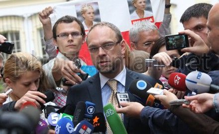 Власенко обещает заявление самой Тимошенко