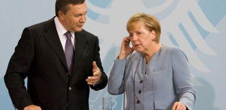 Меркель Янукович
