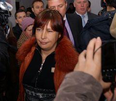 Мать погибшей от рук насильников Оксаны Макар Татьяна Суровицкая в зале заседаний Центрального районного суда Николаева