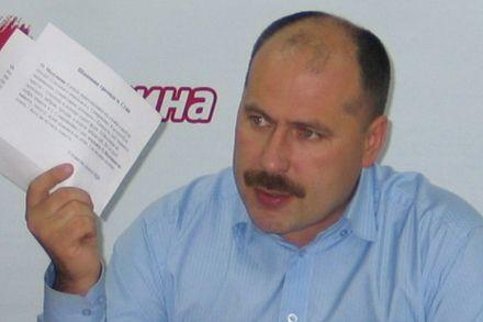Олег Медуница заявляет, что власть пытается купить голоса депутатов.  Фото http://medunytsya.in.ua/
