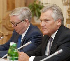 Кокс и Квасьневский продолжают встречи с арестованными украинскими оппозиционерами