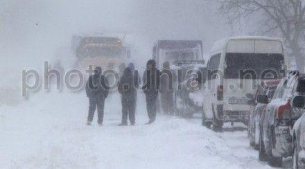 23 января на дорогах Украины, кроме южной части, гололедица