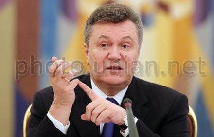 Янукович сказал, кто должен руководить Космическим агентством