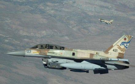 Израильские самолеты в Сирии разбомбили исследовательский центр / Фото : topwar.ru