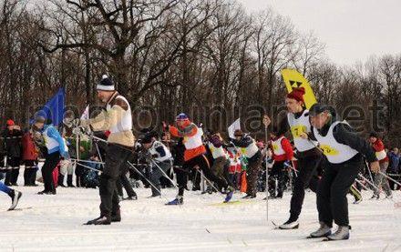 На лыжи стали сотрудники 15 посольств