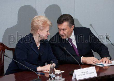 Грибаускайте говорит Януковичу, что думать о Тимошенко уже некогда
