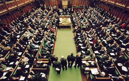 Парламент Великобритании поддержал резонансный законопроект / Фото: Pasmi.ru