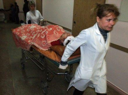 26 пассажиров обратились за помощью к медикам / Фото : novosti.dn.ua