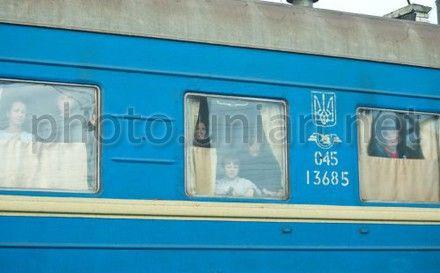 В Киев из Луганска едет поезд с митингующими
