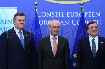Баррозу хоче, щоб угода запрацювала в першій половині літа