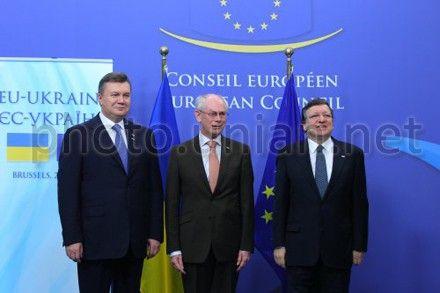 Віктор Янукович, Герман Ван Ромпей та Жозе Мануель Баррозу