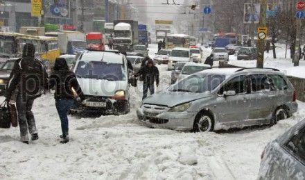 Машины, которые будут мешать снегоуборочной технике, будут эвакуировать