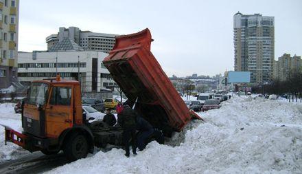 Водители и жители избили водителя КамАЗа / Фото: comments.ua / Елена Соколовская
