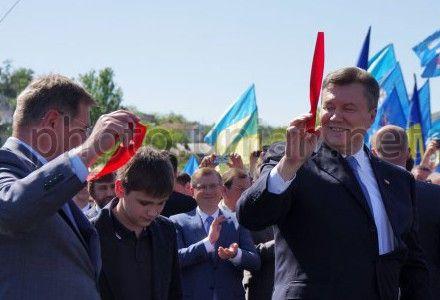 Янукович каже що коньков і сафіулін