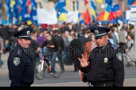 Милиция посчитала участников акций