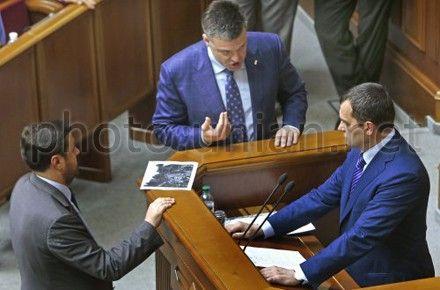 Захарченко ограничился разговором с депутатами