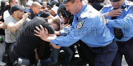 В милиции говорят, что накажут своих нерешительных работников