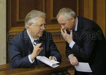 Петр Симоненко и Игорь Калетник