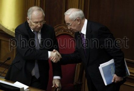Азаров, вероятно, придет в ВР 7 июня