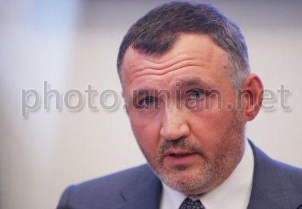 Кузьмин говорит, что Янукович может помиловать Тимошенко