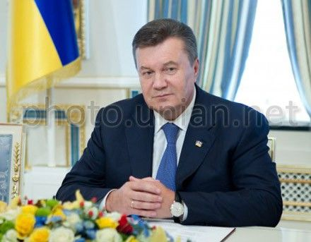 Victor Yanukovych congratulates Ukrainian people