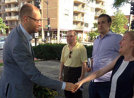 Яценюк встретился в сша с украинской
