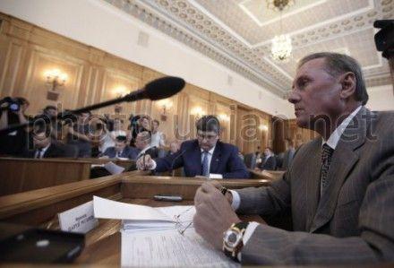 Ефремов допускает, что проекты могут рассмотреть уже завтра