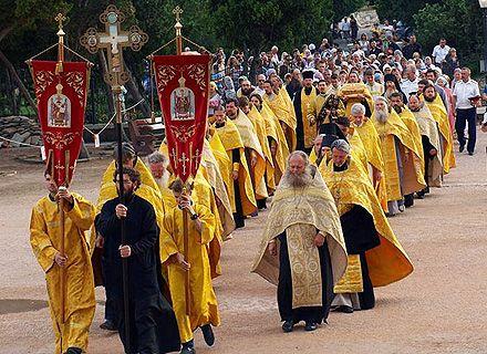 Хресний хід проходить по всіх містах святої Русі
