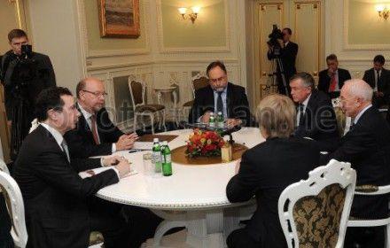 Василис Пападопулос, посол Греции в Украине, на встрече с Николаем Азаровым