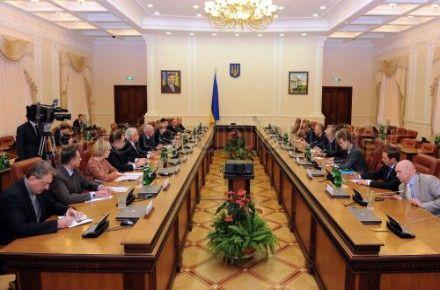 Участники встречи Азарова с Коксом и Квасневским 4 октября