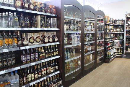 Инициатива запретить продажу алкоголя не нашла поддержки / Фото: e-shtab.ru