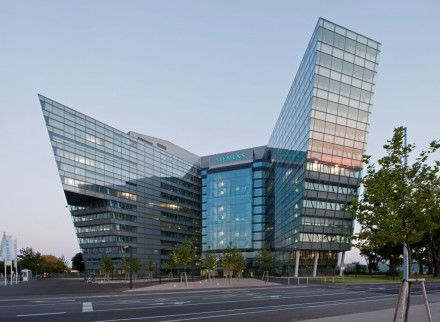 Консорциум Siemens AG – одна из самых больших транснациональных компаний мира